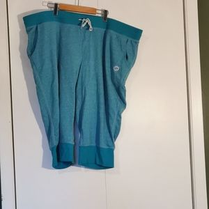🆕 2 for $30 💘 Active Zone pants, size 4XL